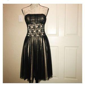 EUC White House Black Market Strapless Dress size4